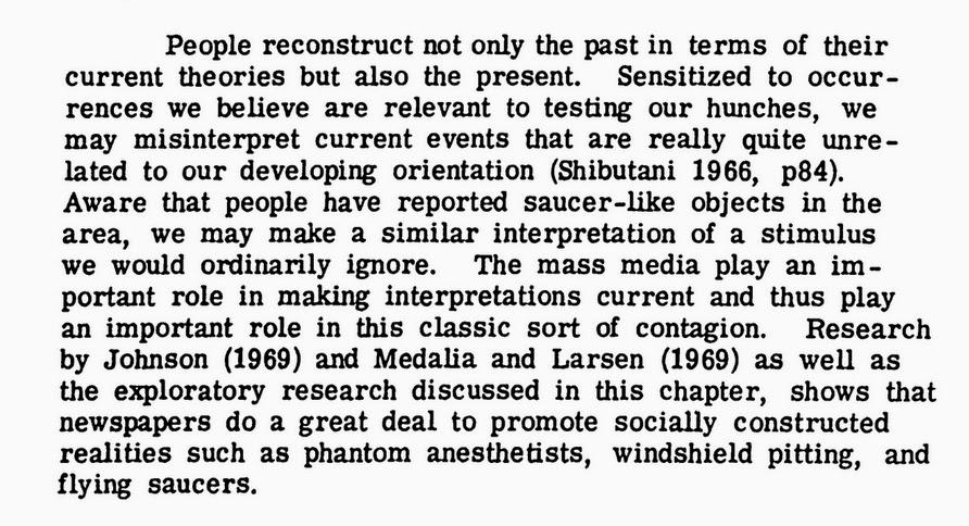 Le catalogue des thèses et travaux universitaires 1950-2010 consacrées aux OVNI (Paolo Toselli). 0000000000+Fox93