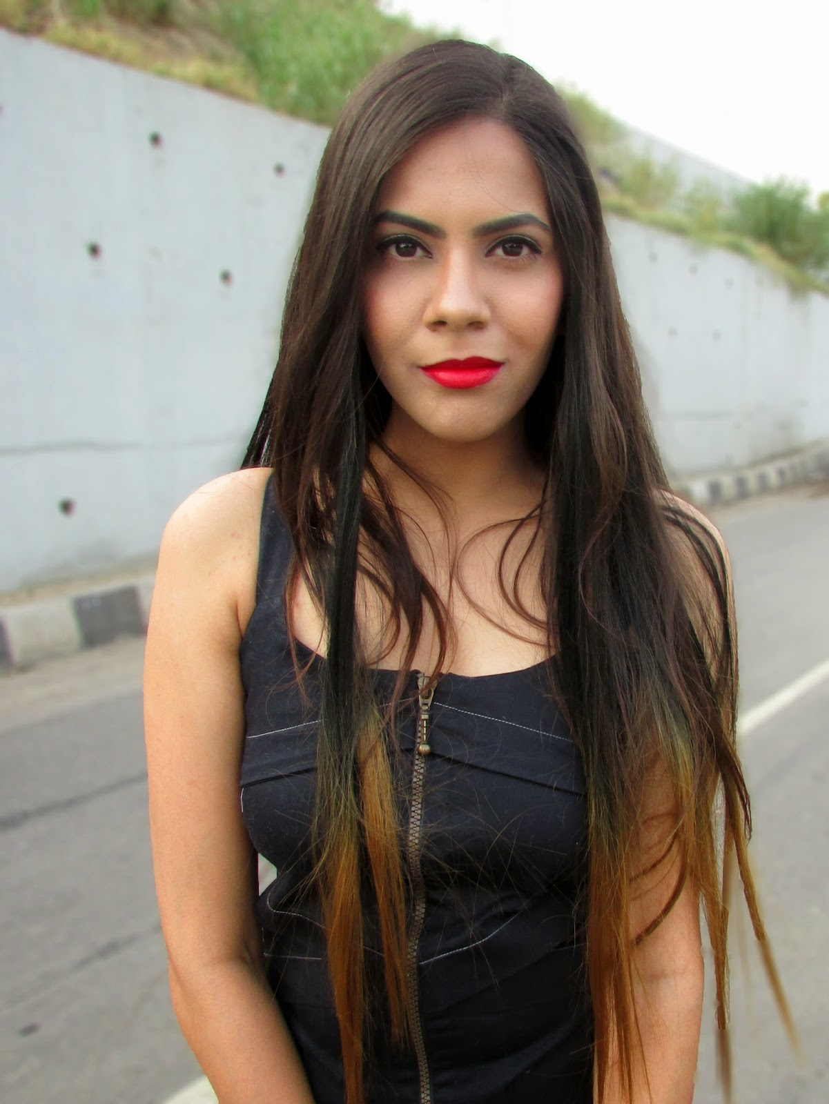 best red lipstick,red lipstick , lips , perfect red lipstick , dior , dior review , dior red lipstick review, dior ange bleu , dioe ange blew review, dior ange blue review price , dioe ange bleu price in india, dior ange blue review india , dior india, dior makeup , dior price india, dior lipstick price india