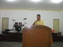 Pastor Vanderlei Alves.