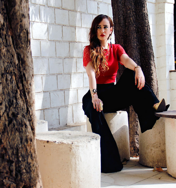 Vero Moda Marquee, Kangana Ranaut, Red Velvet Collection, Red lace crop top, black palazzo pants, party wear