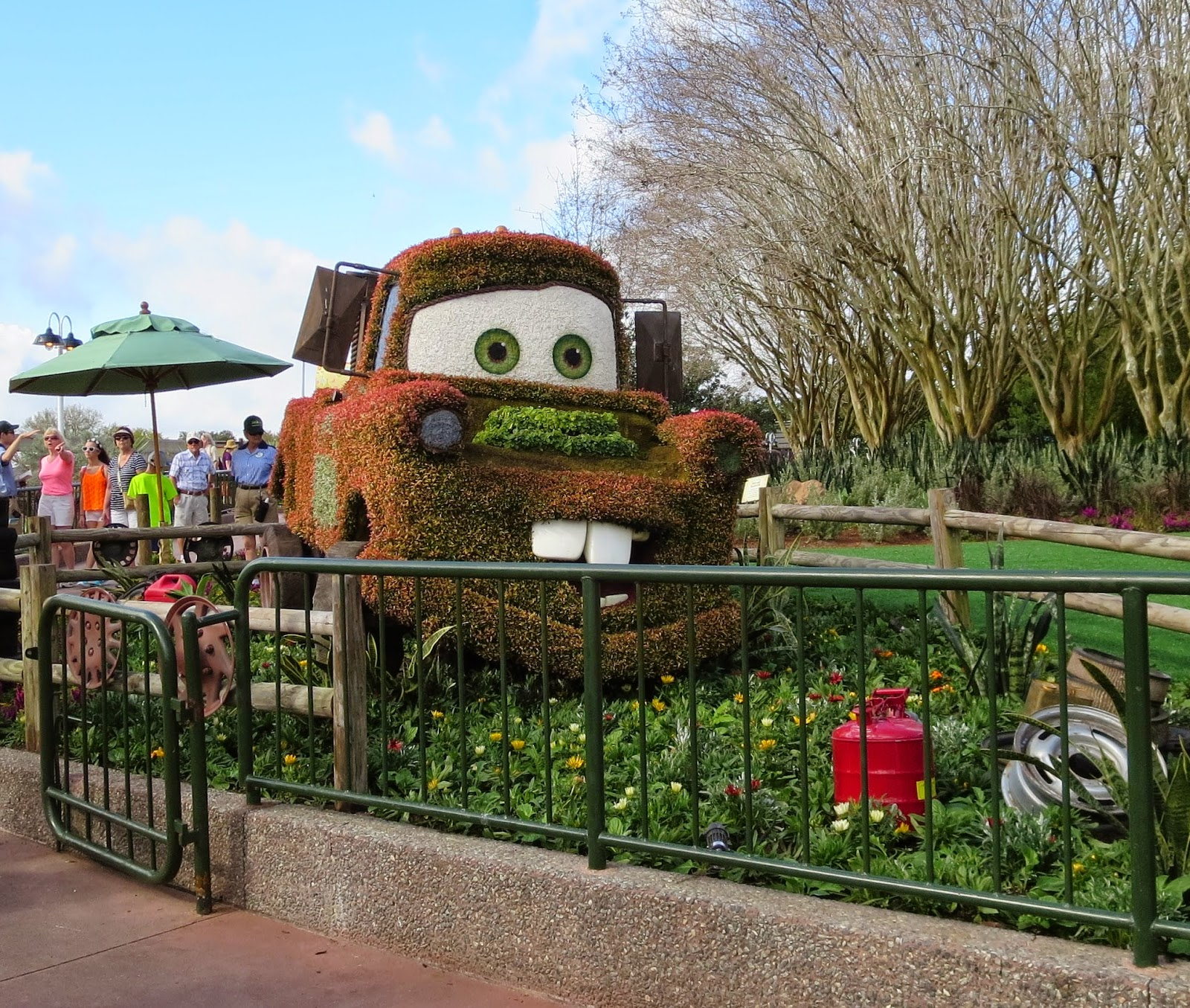 Disney Musings: Topiaries at Epcot\'s Flower and Garden Festival