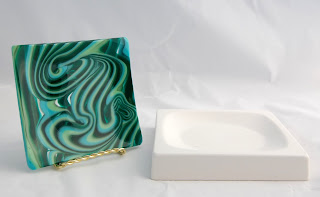 Finished fused glass piece and GM36 fusing mold