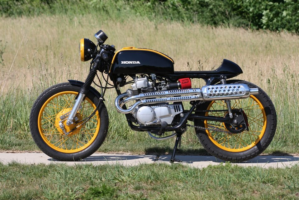 Honda CB200 Scrambler | Honda CB200 1975 | Custom Honda CB200 | Custom motorcycles | By Dime City Cycles.