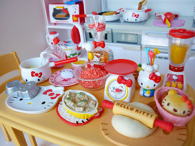 Hello Kitty cute kitchen