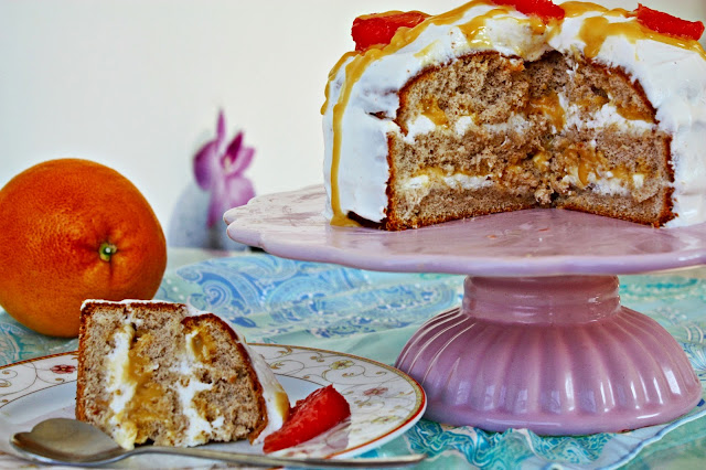 Torte mit Grapefruit Curd und Ingwer Sahne