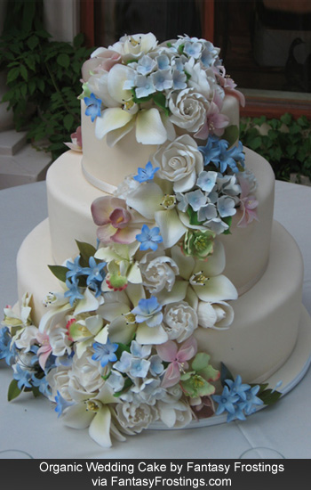 wedding cake is back for 2012 Multilayered extravagantly decorated