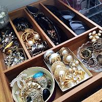 jewelry organizer, closet organizer