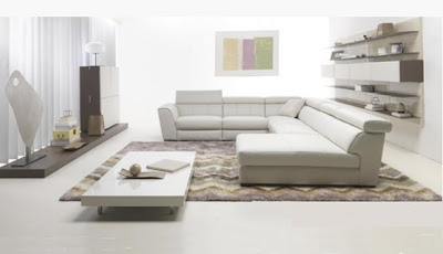 http://3.bp.blogspot.com/-MQPTDzGQzdM/TlPrFWok6OI/AAAAAAAAIAc/KlH0hQxqX3Q/s1600/living-room-decorating-ideas-white-sofa.jpg