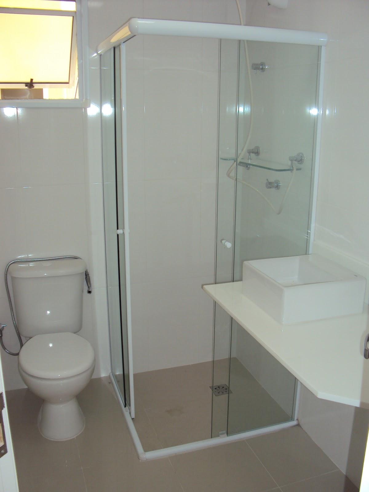 Imagens de #776854 Banheiro com a pia e o box 1200x1600 px 3104 Box Banheiro Aluminio
