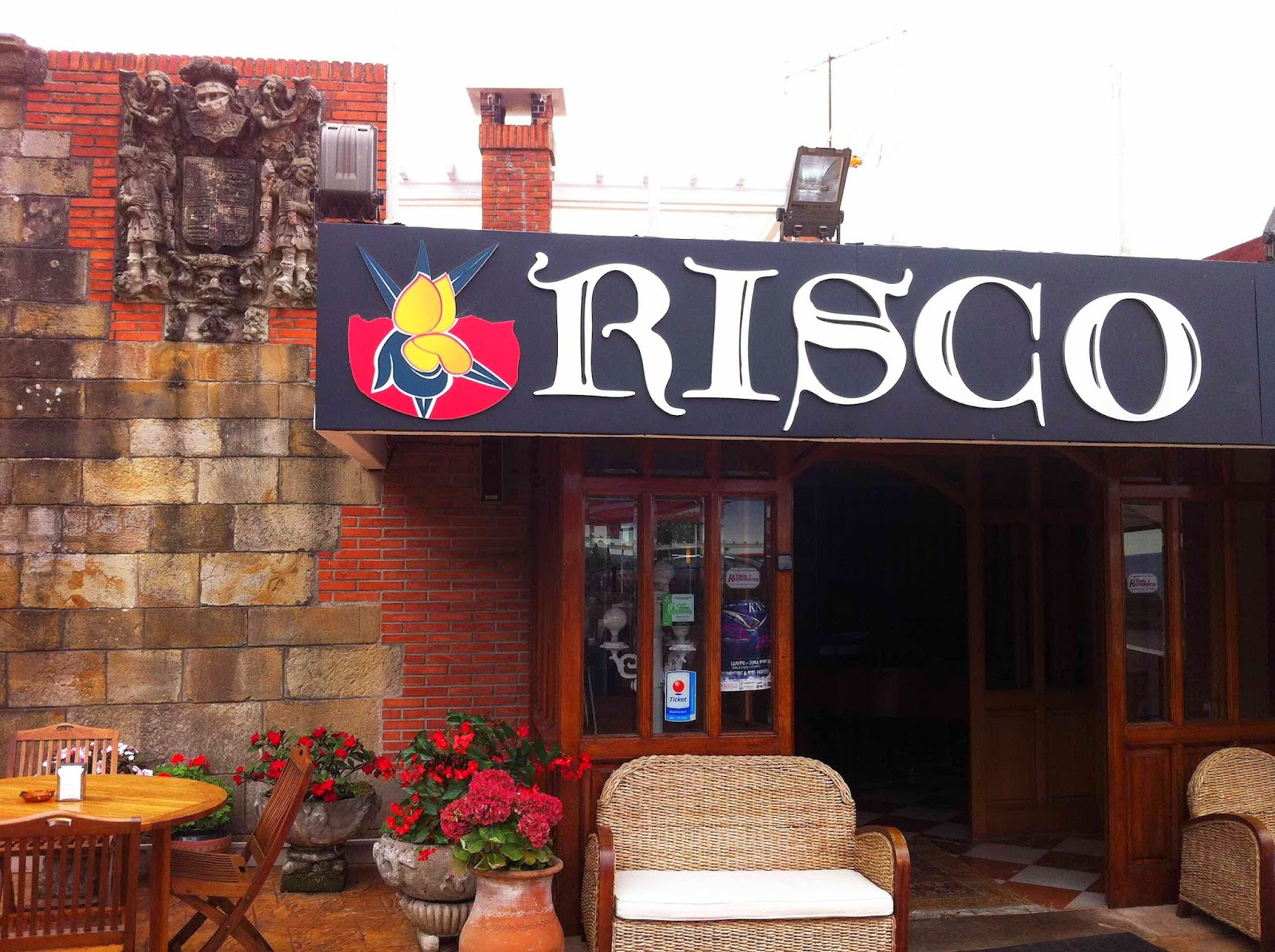 Restaurante-ElRisco-Laredo-Entrada