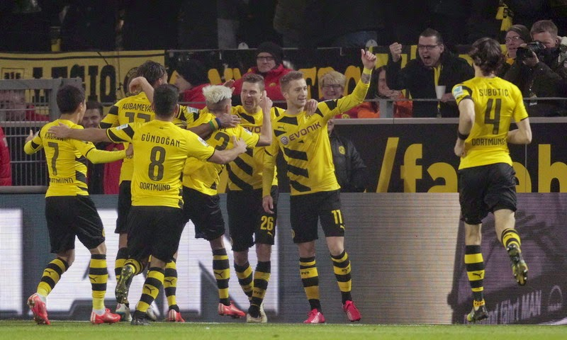 Borussia Dortmund Gilas Mainz 4-2