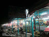 Stalls near mini bus waiting area at Probolinggo