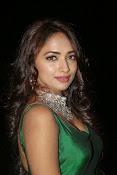 actress Jiya glamorous photos-thumbnail-3
