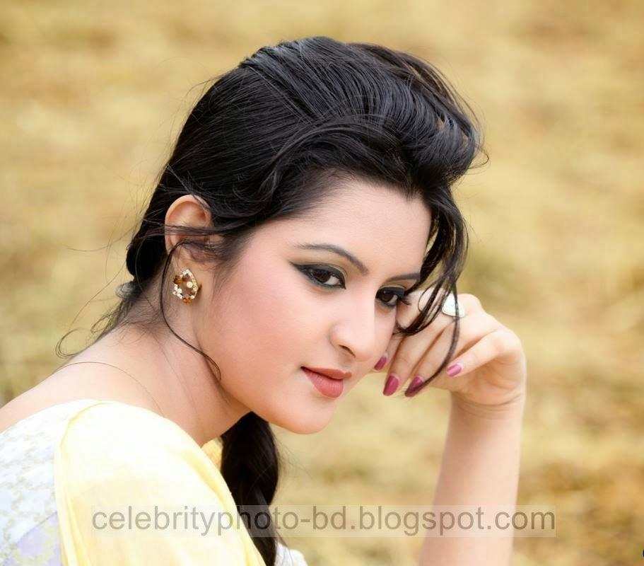 Top+New+Bangladeshi+Model+and+Actress+Pori+Moni's+Latest+Photos+and+Wallpapers016