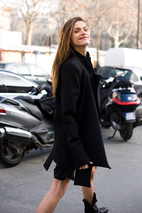 elisa sednaoui street style. Model Elisa Sednaoui running