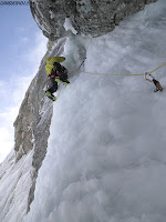 Fernando Calvo guia de montaña, escaladas Peña Santa de Enol. Guiasdelpicu.com