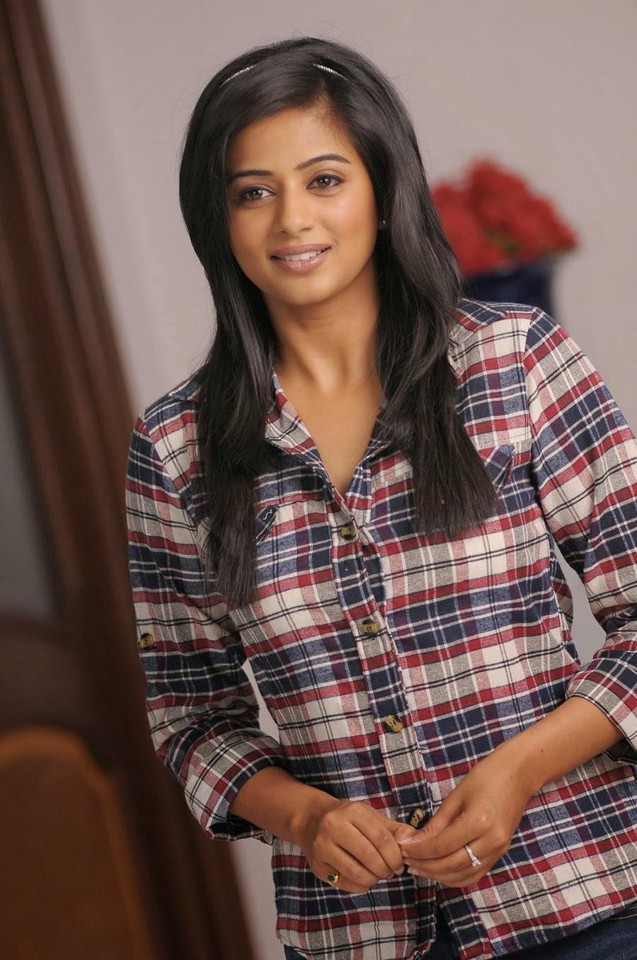 Priyamani photos from Chandi Movie-HQ-Photo-3