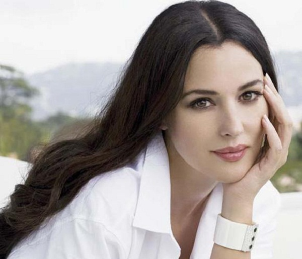 Monica Bellucci Cute Pic