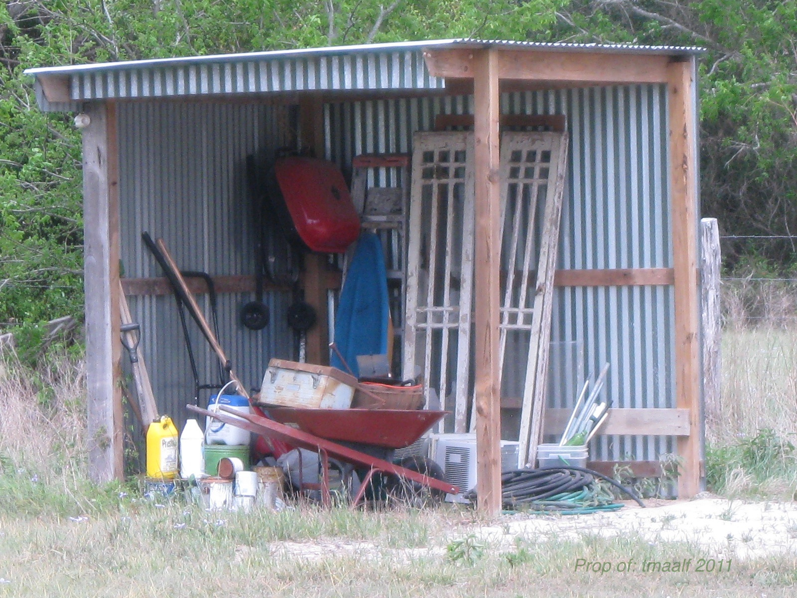Lawn mower sheds cheap wood shed lean to plans for Garden shed for lawn mower