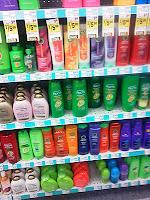 Ces ingrédients dans les shampoings qui fragilisent les cheveux à long terme ...