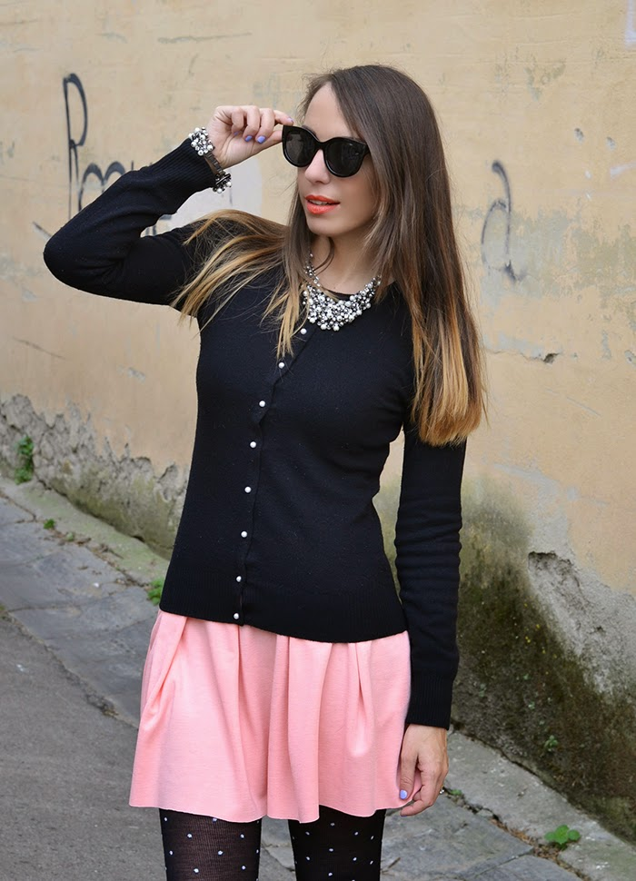 black and peach rose outfit