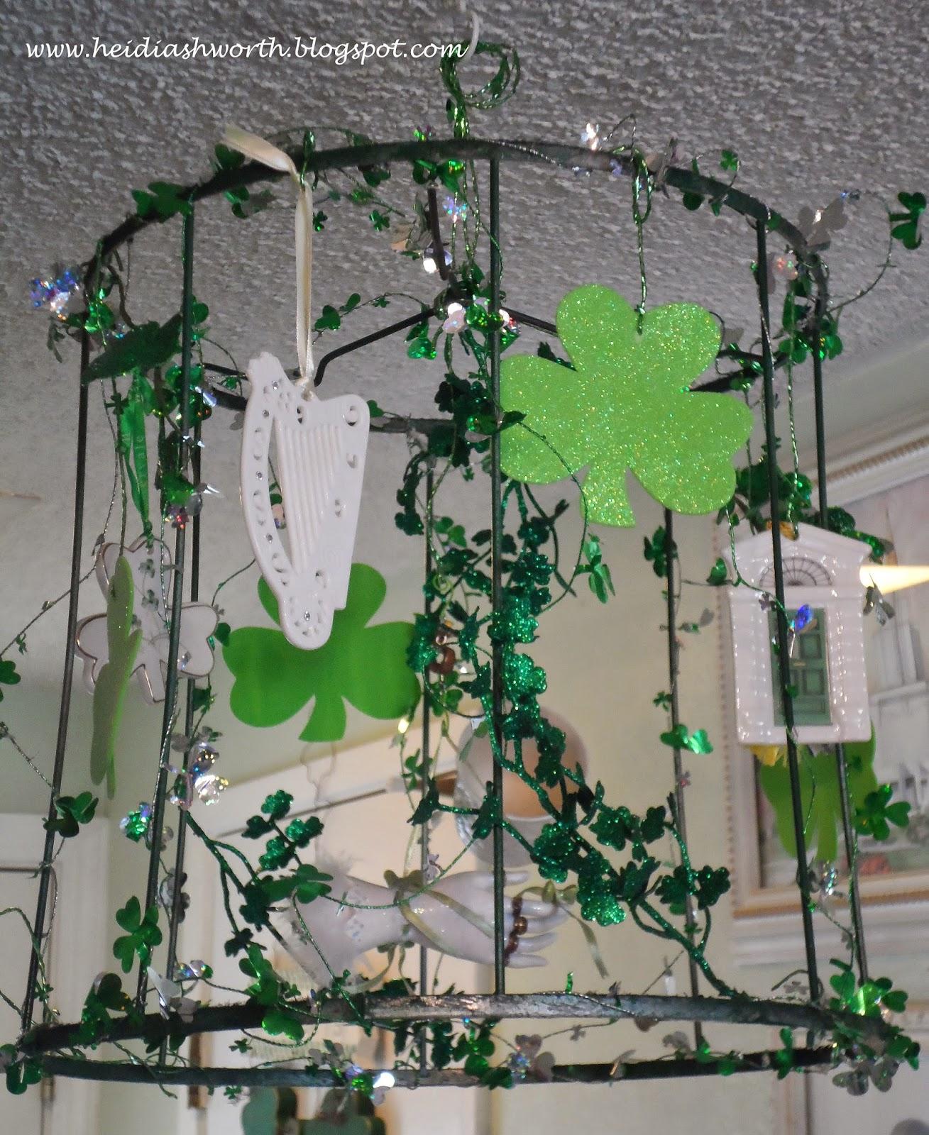 DUNHAVEN PLACE: Repurposing Christmas Ornaments And Decor