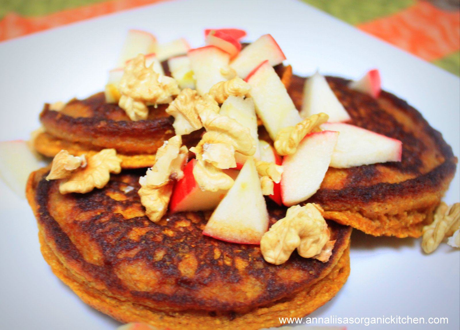 Healthy pancake makeover gluten free coconut flour pumpkin pancake gluten free fluffy pumpkin pancakes ccuart Gallery