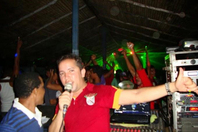 """DIA 01 DE NOVEMBRO NO """"""""BERNADINO"""""""" NOVA TEMPORADA ELETRÔNICA COM DJ ANÁLIO JR E DJ PEDRO"""