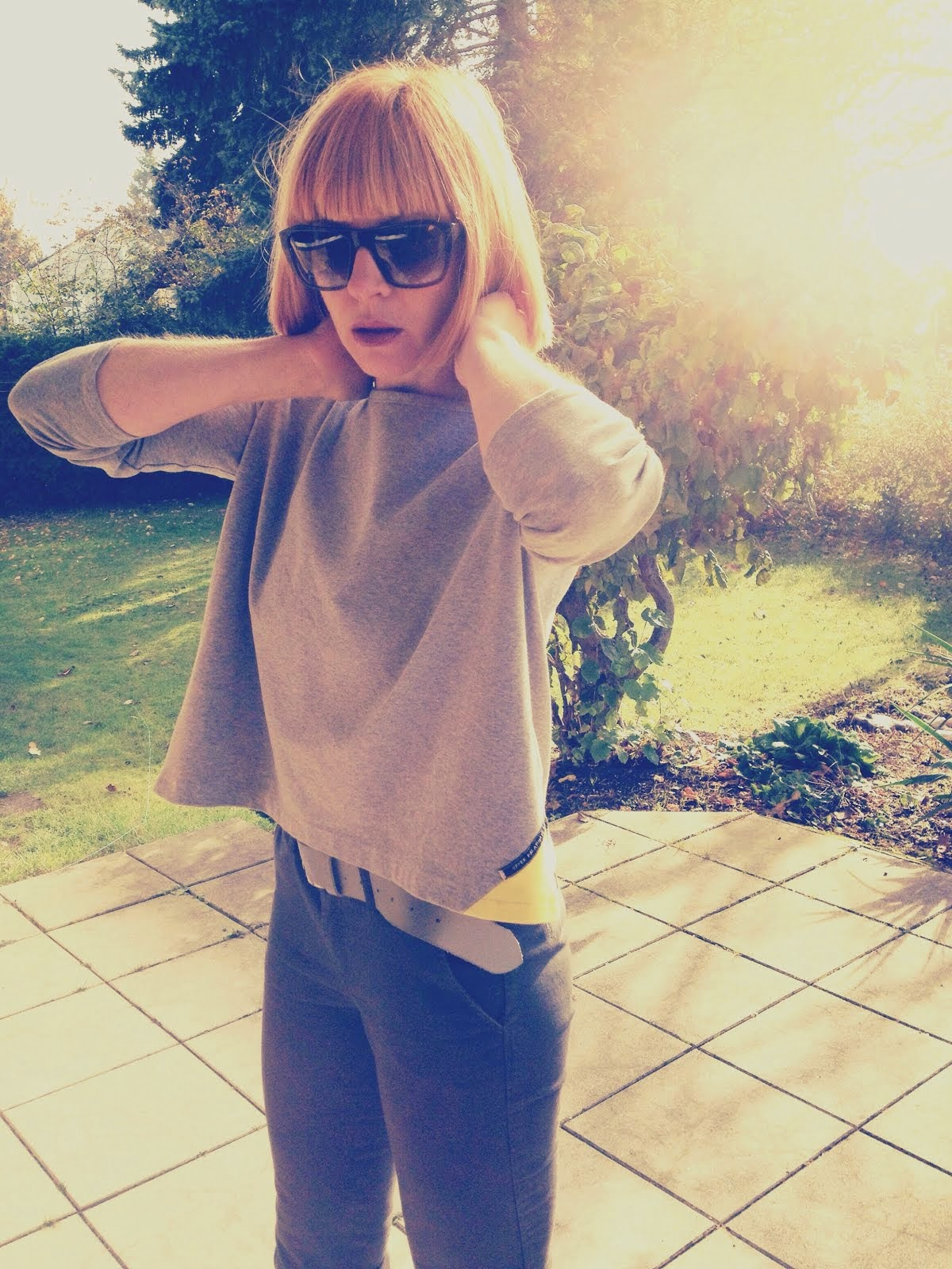 boxy shirt grey yellow