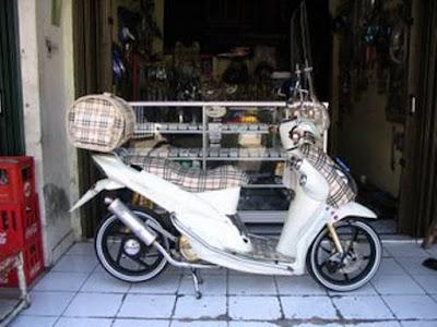 Honda Mio Sherlock Holmes