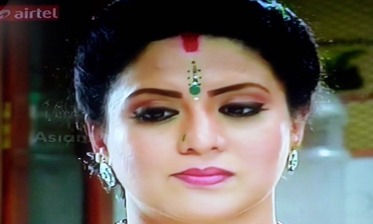 Parasparam serail actress family photos | Actress Deepthi