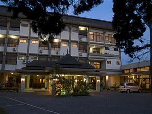 Foto hotel ponty bandung 91
