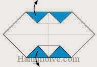 Bước 4: Mở hai cạnh giấy ra ngoài.