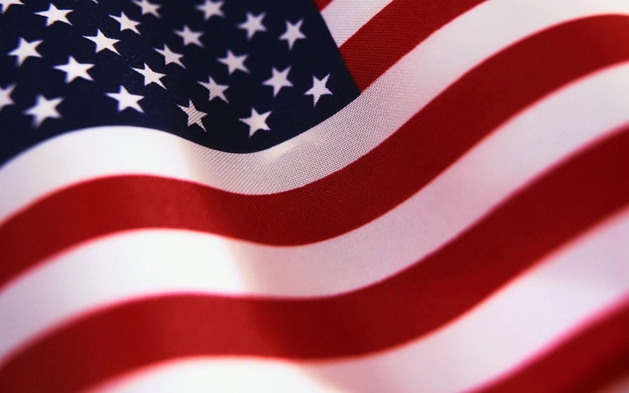 http://3.bp.blogspot.com/-MT72cg37S98/T4nbHSGpEvI/AAAAAAAAR4A/uLCyVkPtXpo/s1600/bandera-Americana.jpg