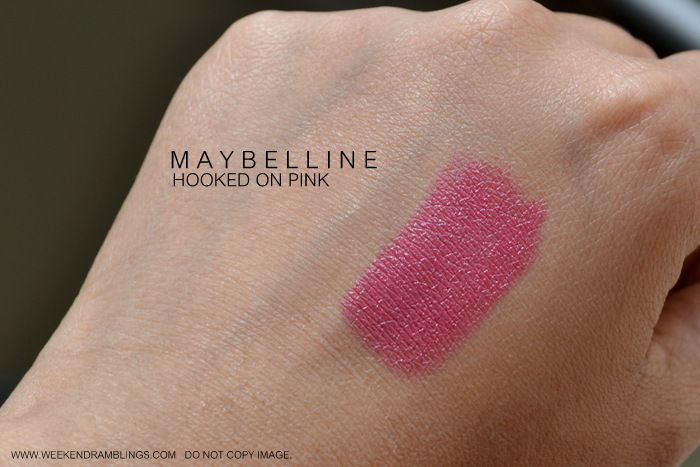 Maybelline Makeup Color Sensational Hooked on Pink Lipstick Indian Beauty Blog Reviews Swatches FOTD Looks