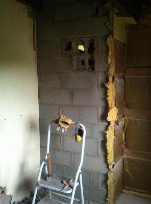 Salle de bain : Début de la démolition pour la création d'ouverture
