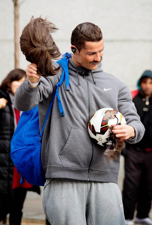 Tak Disangka Pengemis Ini Seorang Cristiano Ronaldo