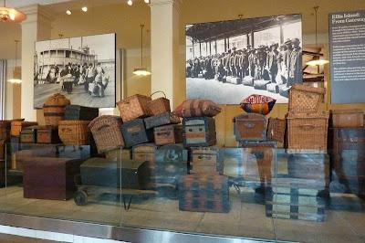 New York Ellis Islandborder=