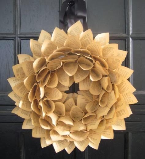 Muyvariado corona de navidad con papel mnaualidades for Coronas de navidad hechas a mano
