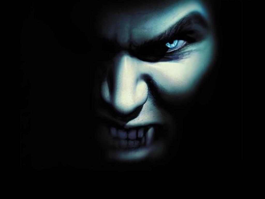 http://3.bp.blogspot.com/-MThQgpoQM2U/TpKiysMUMTI/AAAAAAAAAdM/CwntfTL-fOI/s1600/dark-vampire.jpg