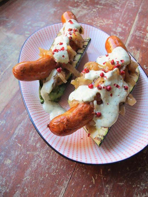 Leivättömät hot dogit!