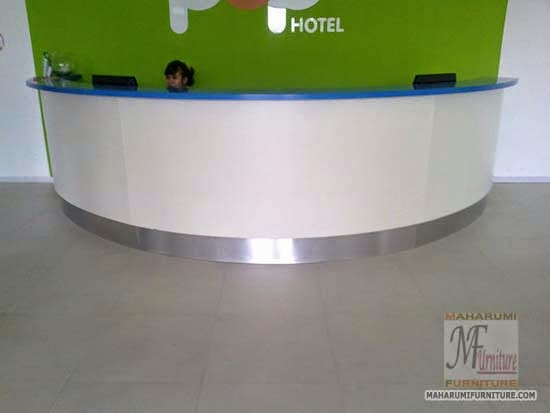 Projects Hotel Pop Bandara Cengkareng: Custom Furniture Meja Counter Resepsionis 2 Muka Tampak Luar