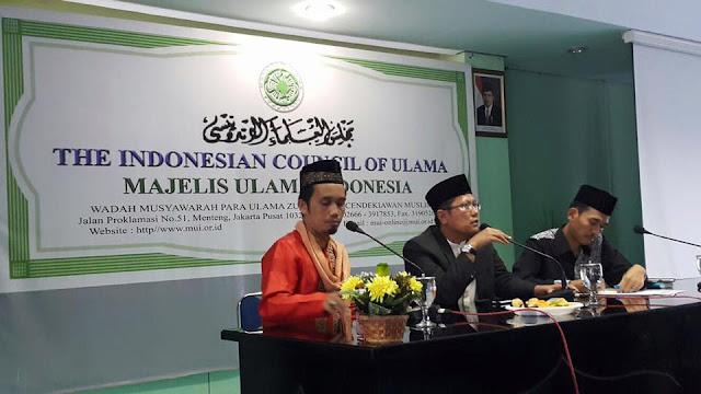 Tak Seperti Ustadz Wahabi, Ustadz Maulana Dengan Legowo Minta Maaf