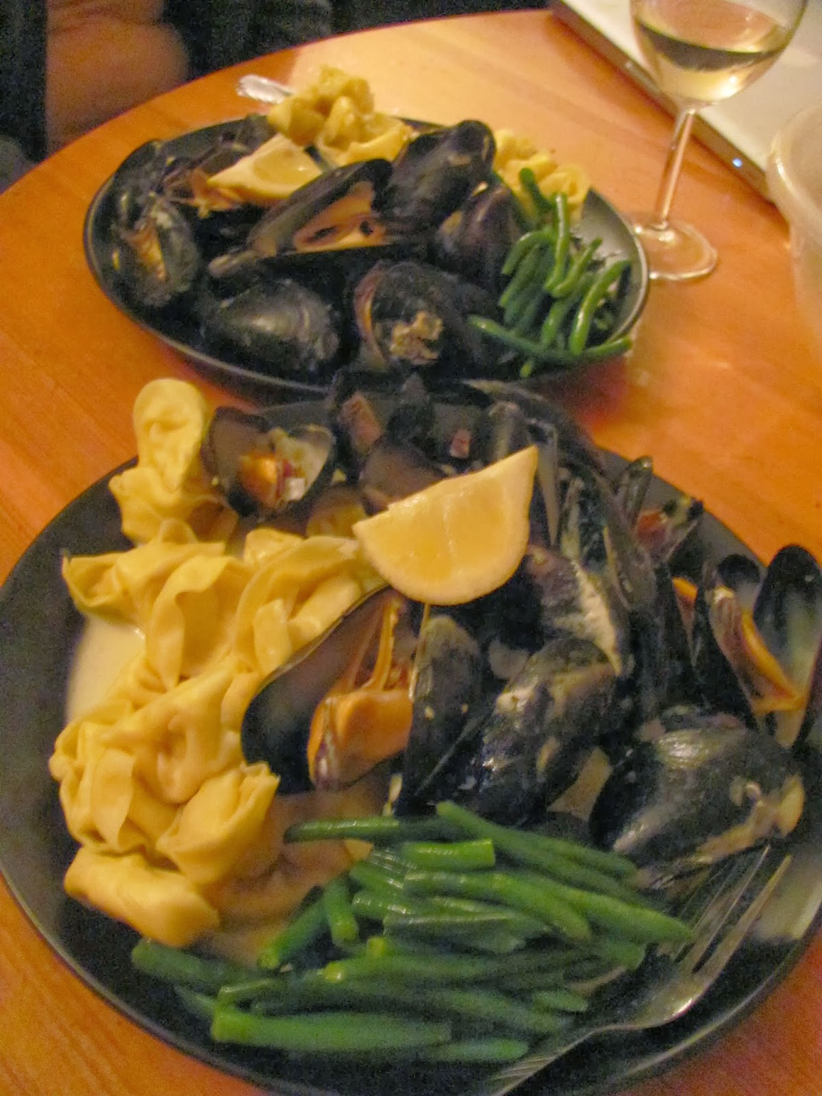 Mussels, Tortellini, Green Beans, and Cream Sauce