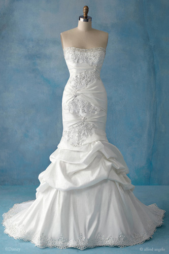 Finding the Perfect Wedding Dress-Princess Style