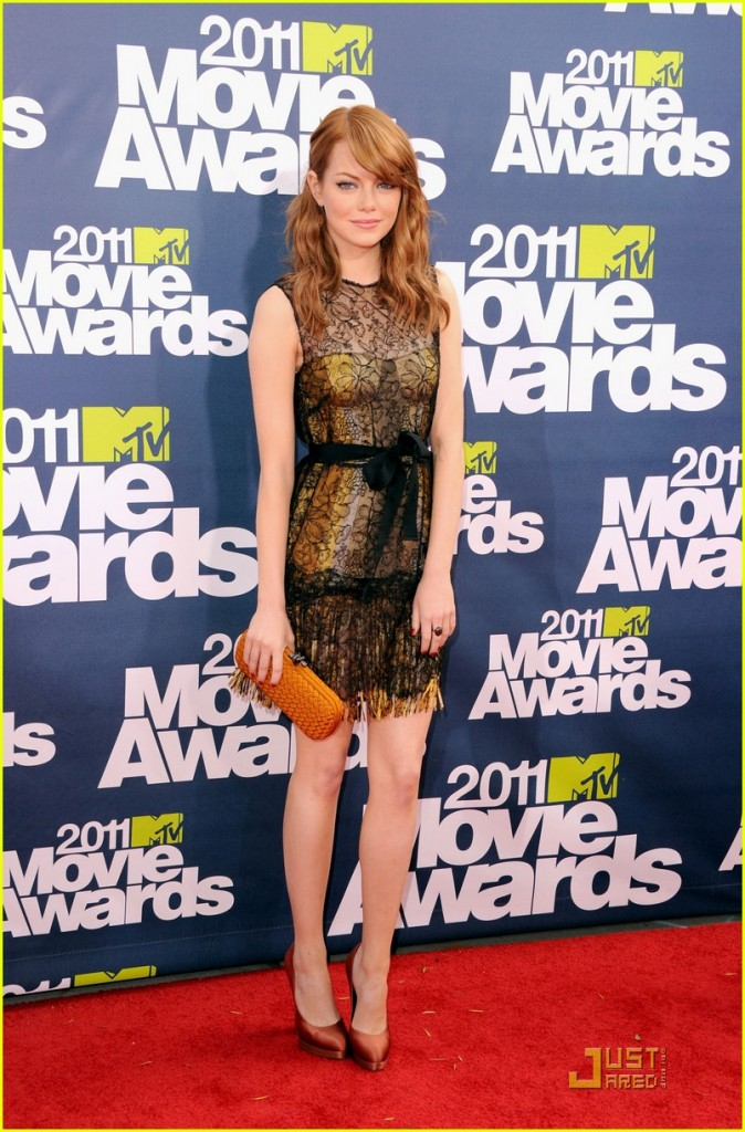 emma stone red hair 2011. 2011 MTV Movie Awards red
