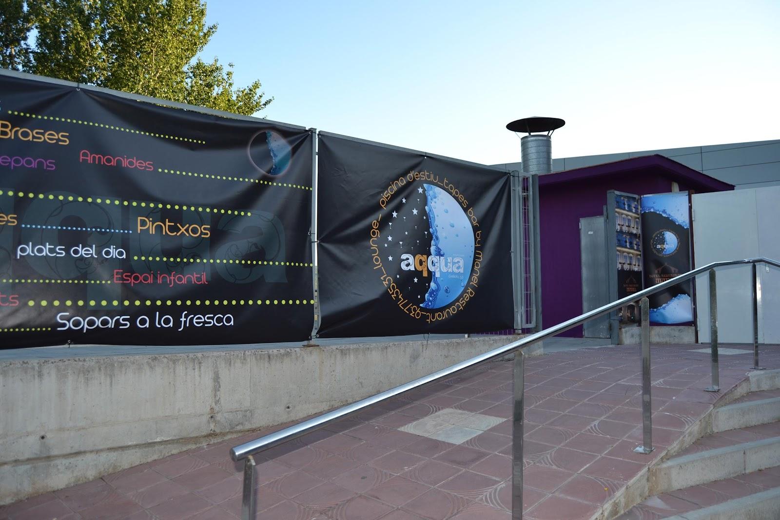 Quim aranda exposici de pintura a aqqua restaurant a for Piscina martorell