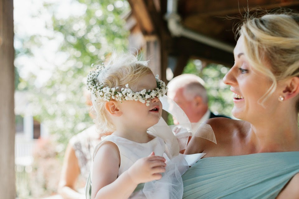 les fleurs : red lion inn : jess jolin photography : babies breath hair wreath flower girl