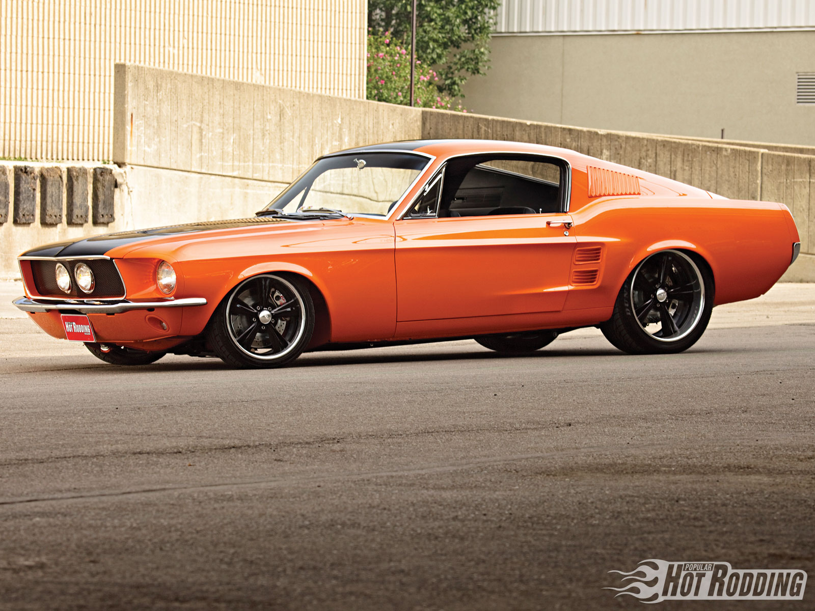 Orange Mustang Eleanor