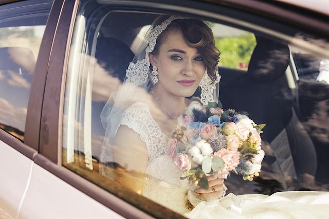 pastelowe kolczyki ślubne sutasz